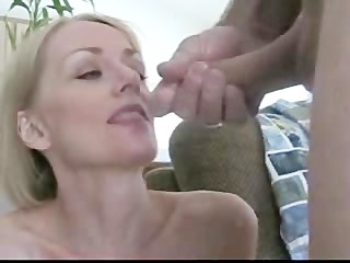 TOYING & CUM SWALLOWING