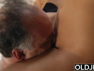 Young Teenie Bang's Old Guy Gives Him Teen Blow-Job She Swallows Sperm