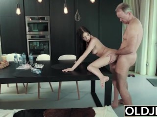 Rough Fuck For Teen Sucking Penis Penis Swallows Spunk Getting Smashed By Old Dude