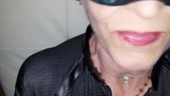 Sensuous Catwoman Milf Receives Meaty Spunk Wad