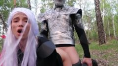 Game Of Thrones Cosplay: Daenerys & Arya Desires Massive Penis Of The Night King